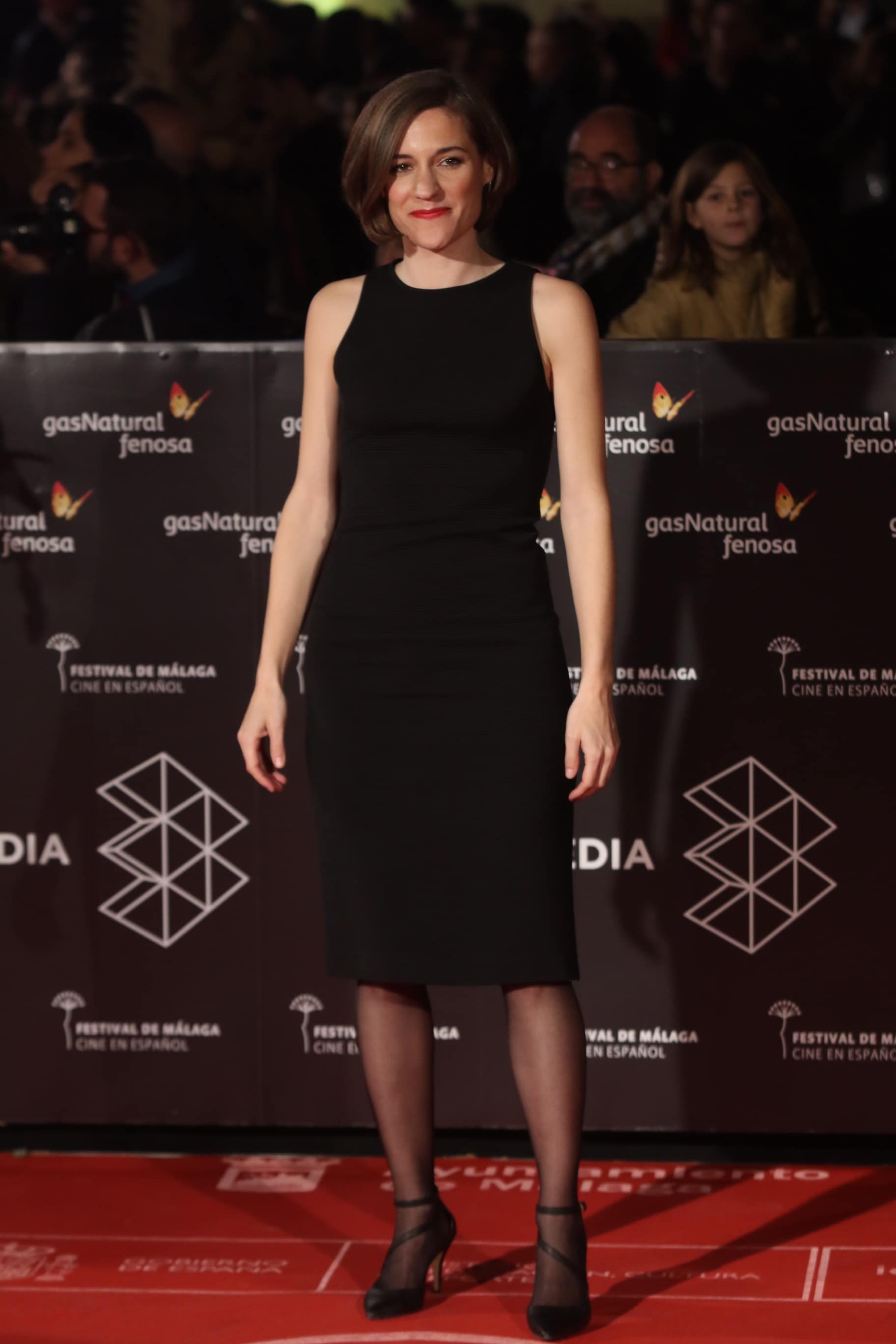 Carla Simon posa en alfombra roja de la 20 edicición del festival de cine en español en Malaga en la clausura