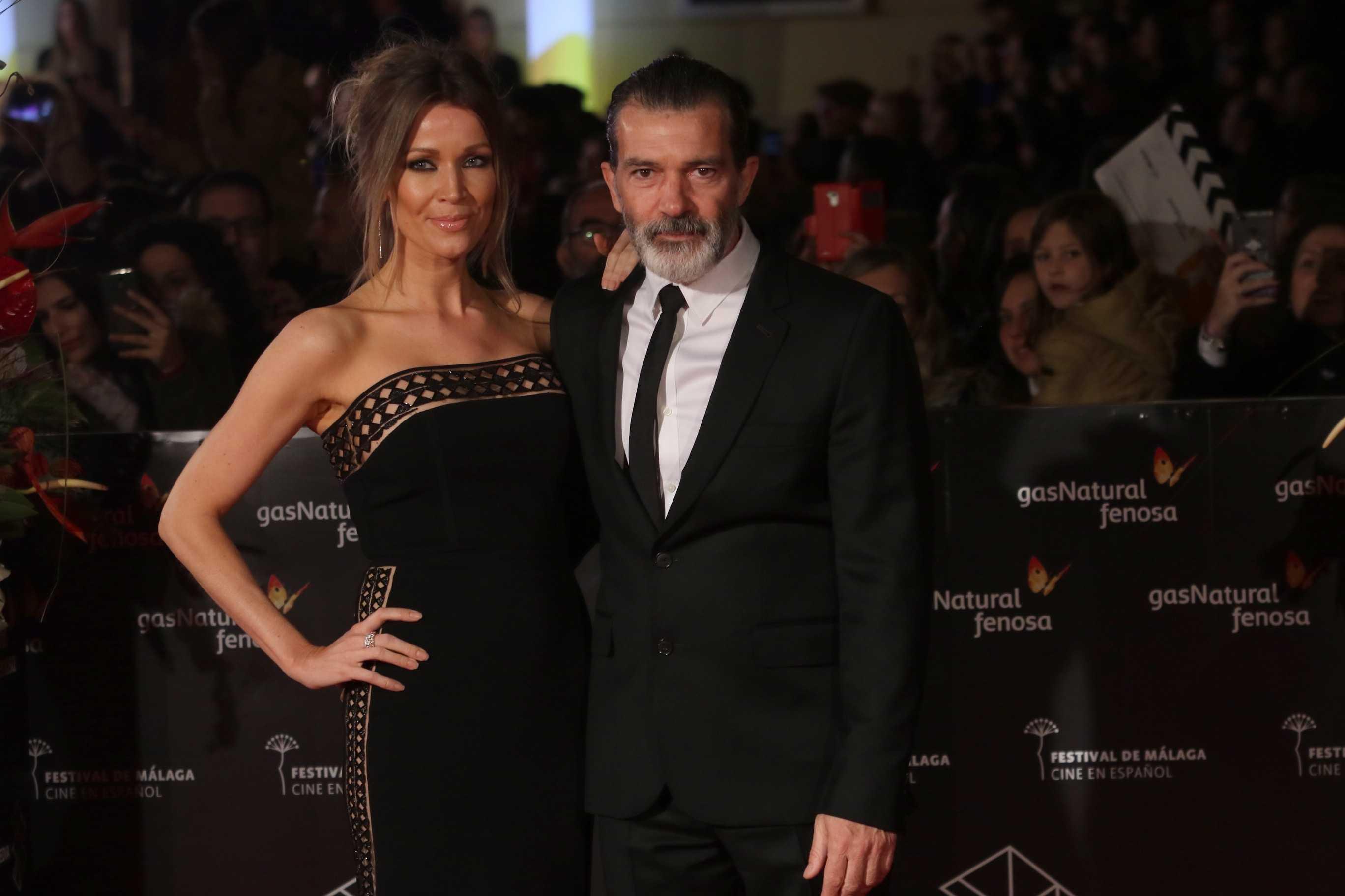 Antonio Banderas y Nicole Kimper posa en alfombra roja de la 20 edicición del festival de cine en español en Malaga en la clausura