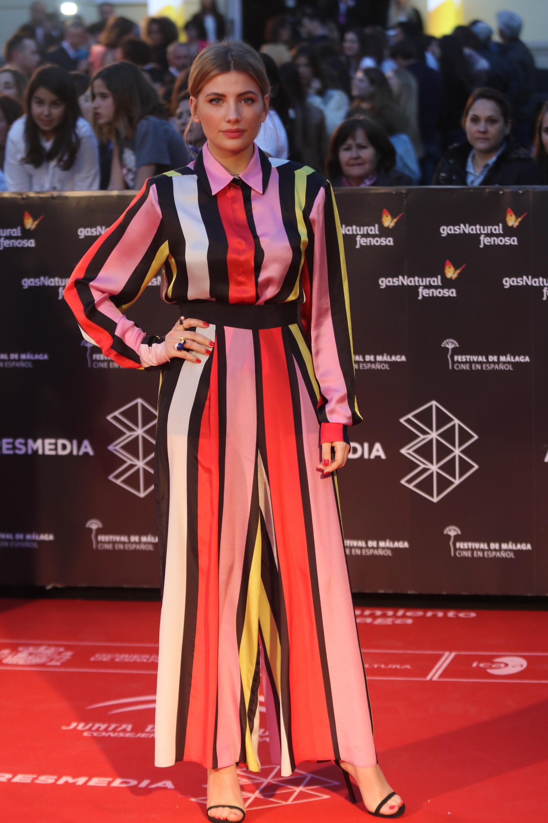 desfila por la alfombra roja de la gala de inauguración de la 20 edición del festival de cine en Español de Málaga