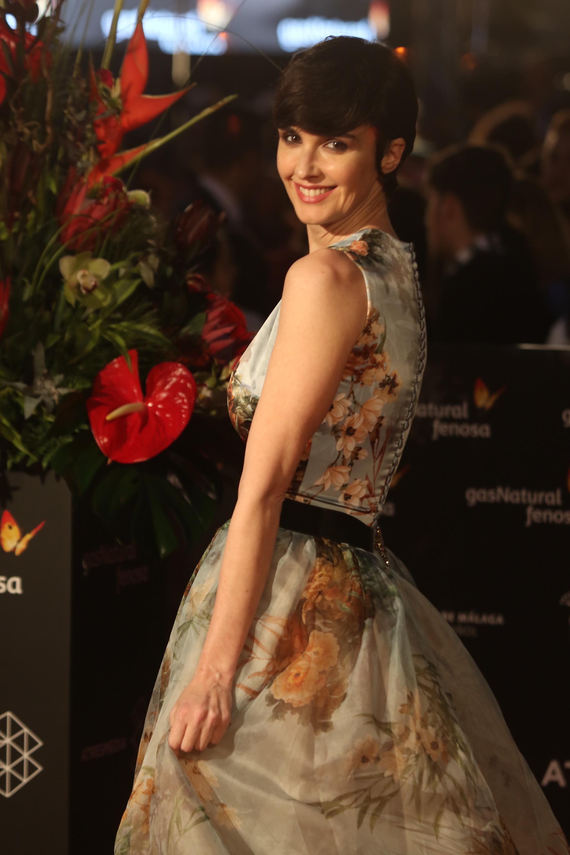 Paz Vega desfila por la alfombra roja de la gala de inauguración de la 20 edición del festival de cine en Español de Málaga