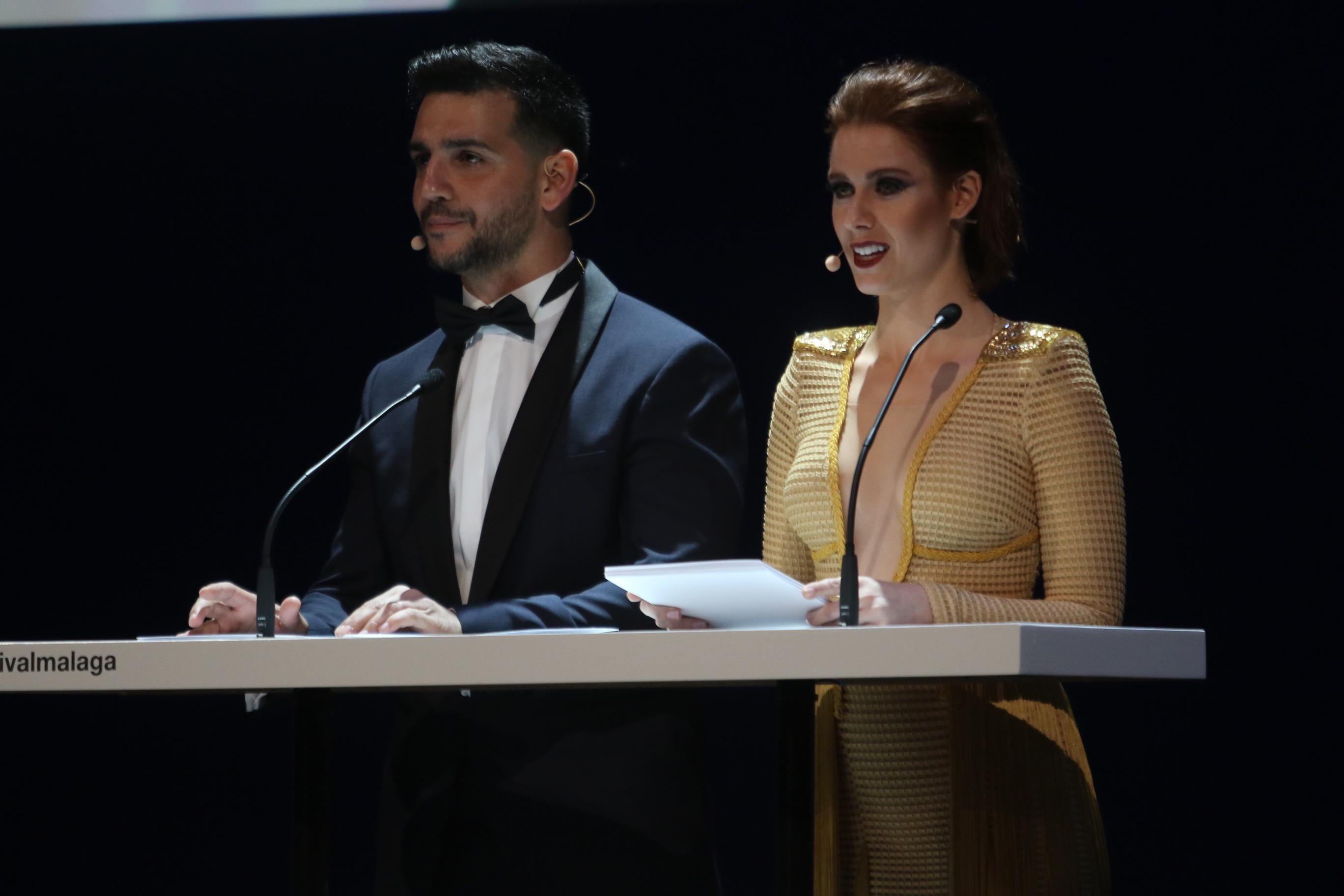 Fran Perea y Manuela Velles presentadores de la gala de inauguración del 20 festival de cine de Málaga