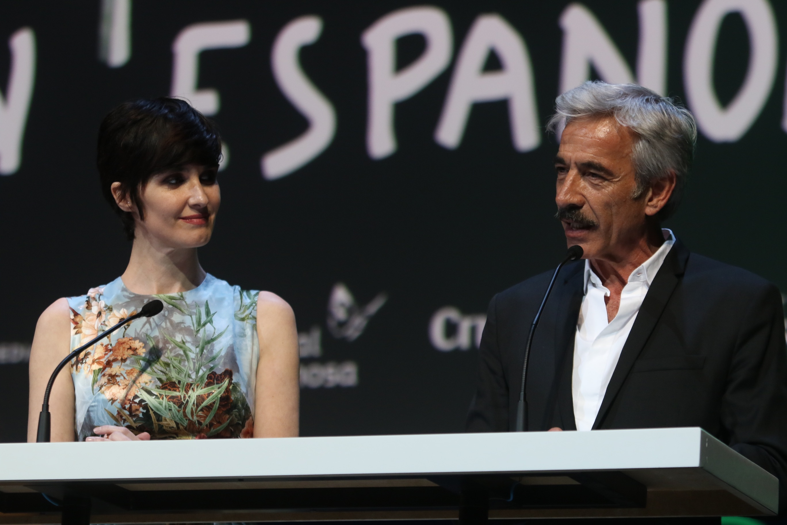 los actores Paz Vega e Imanol Arias en la GAla de Inauguración del 20 festival de cine de Málaga en Español