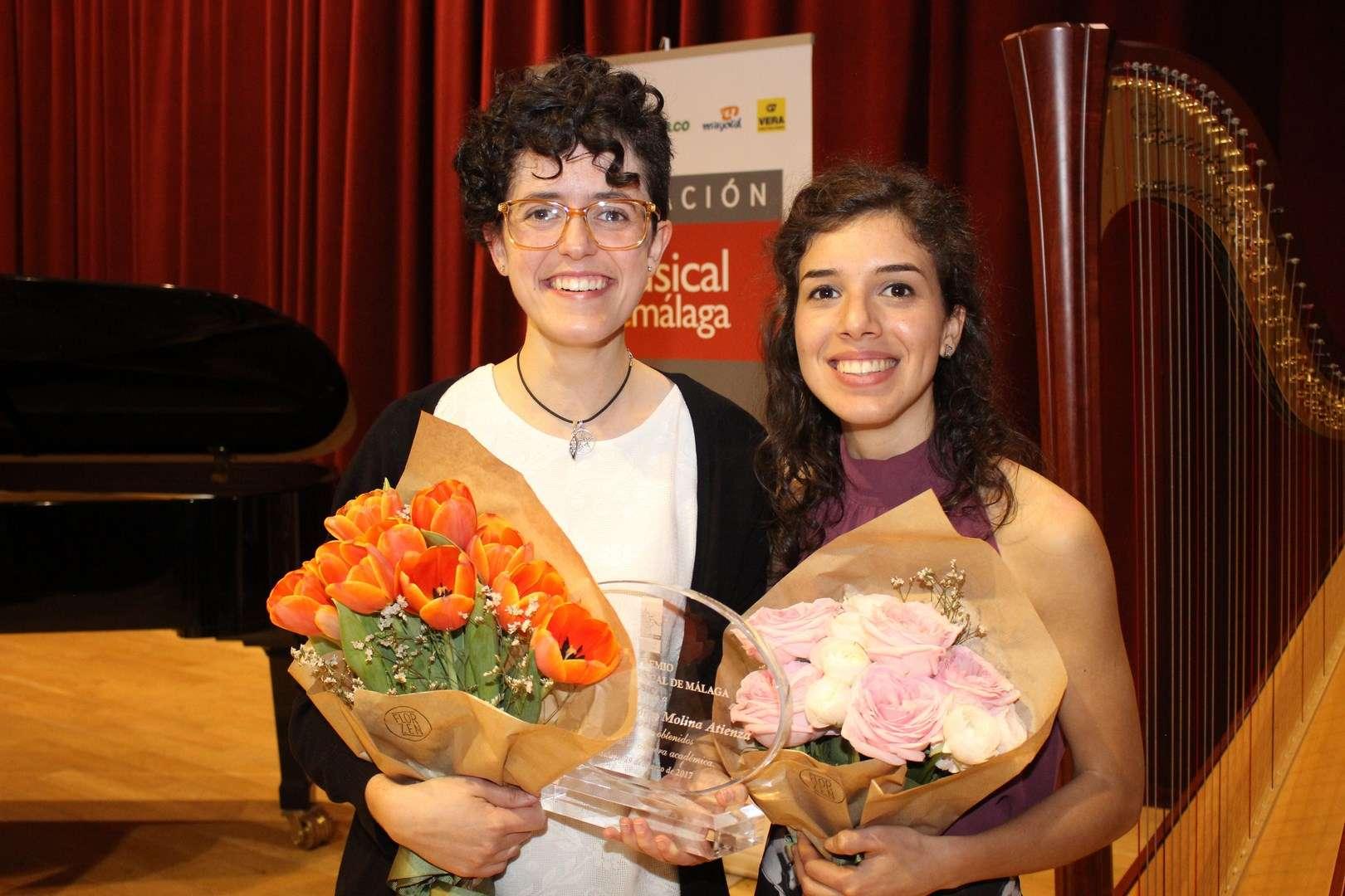 María Victoria Molina y Carmen Escobar