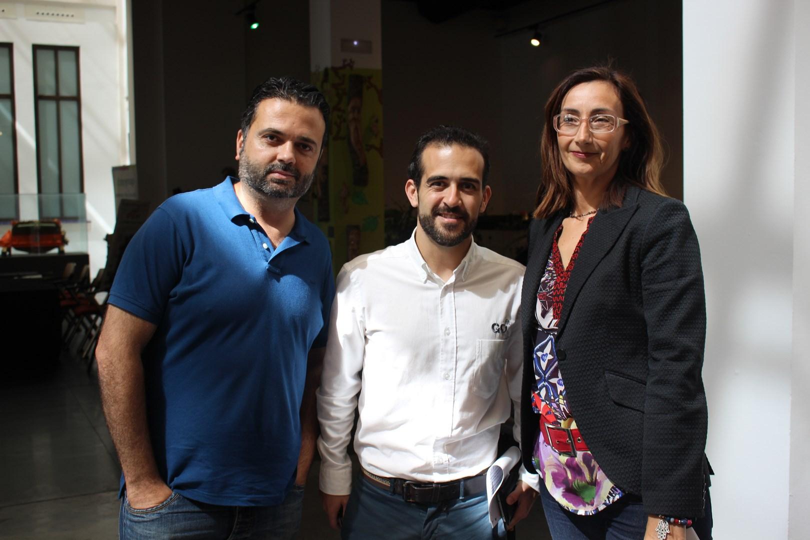 Alberto Burgos, Carlos Lara y Nuria Carmona