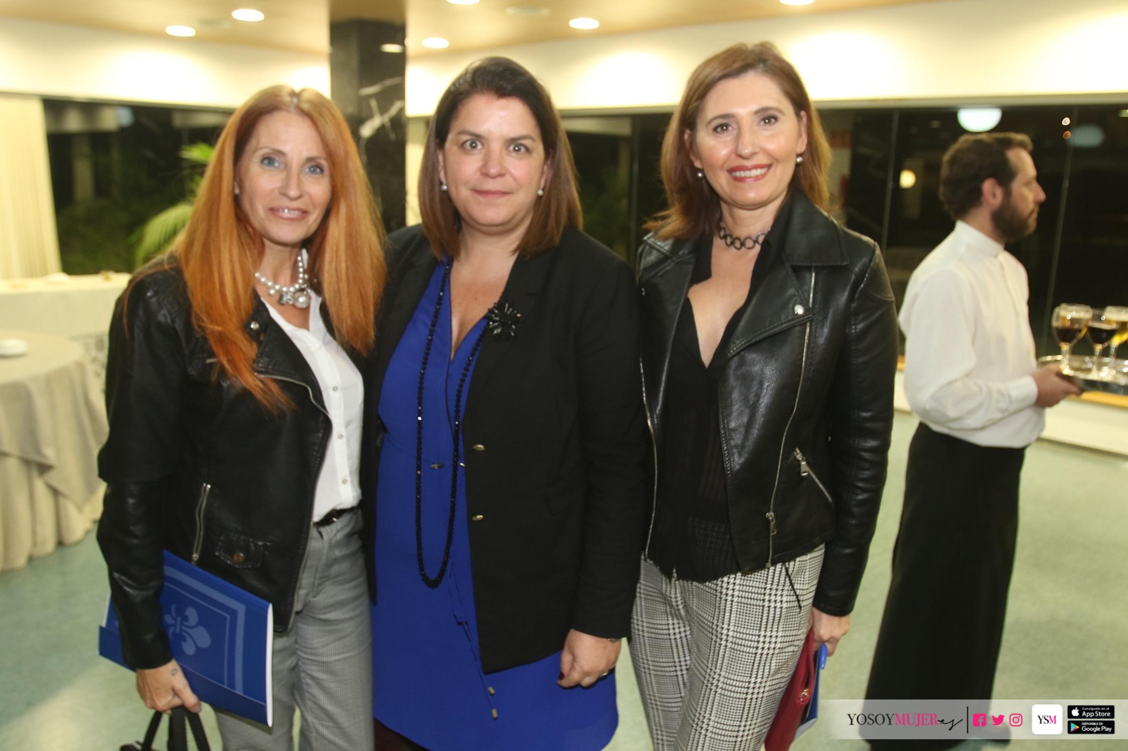 Cátedra Mujer, Empresa y Sociedad