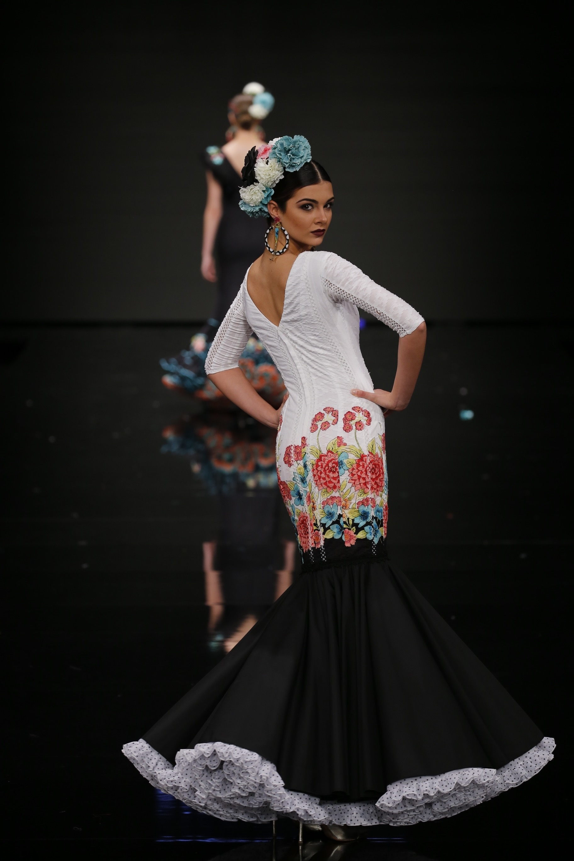 Desfile de moda de apasionada en saloacuten eroacutetico paixxon galega 2015 - 4 3