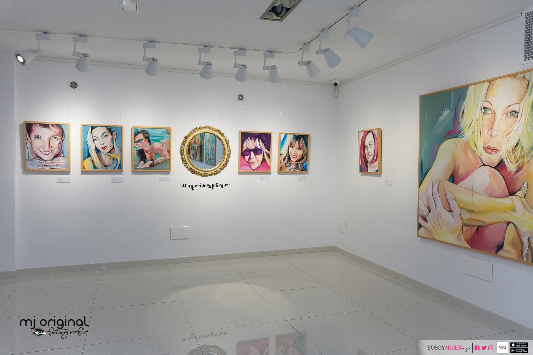 MUJER -frente al espejo- INSPIRA