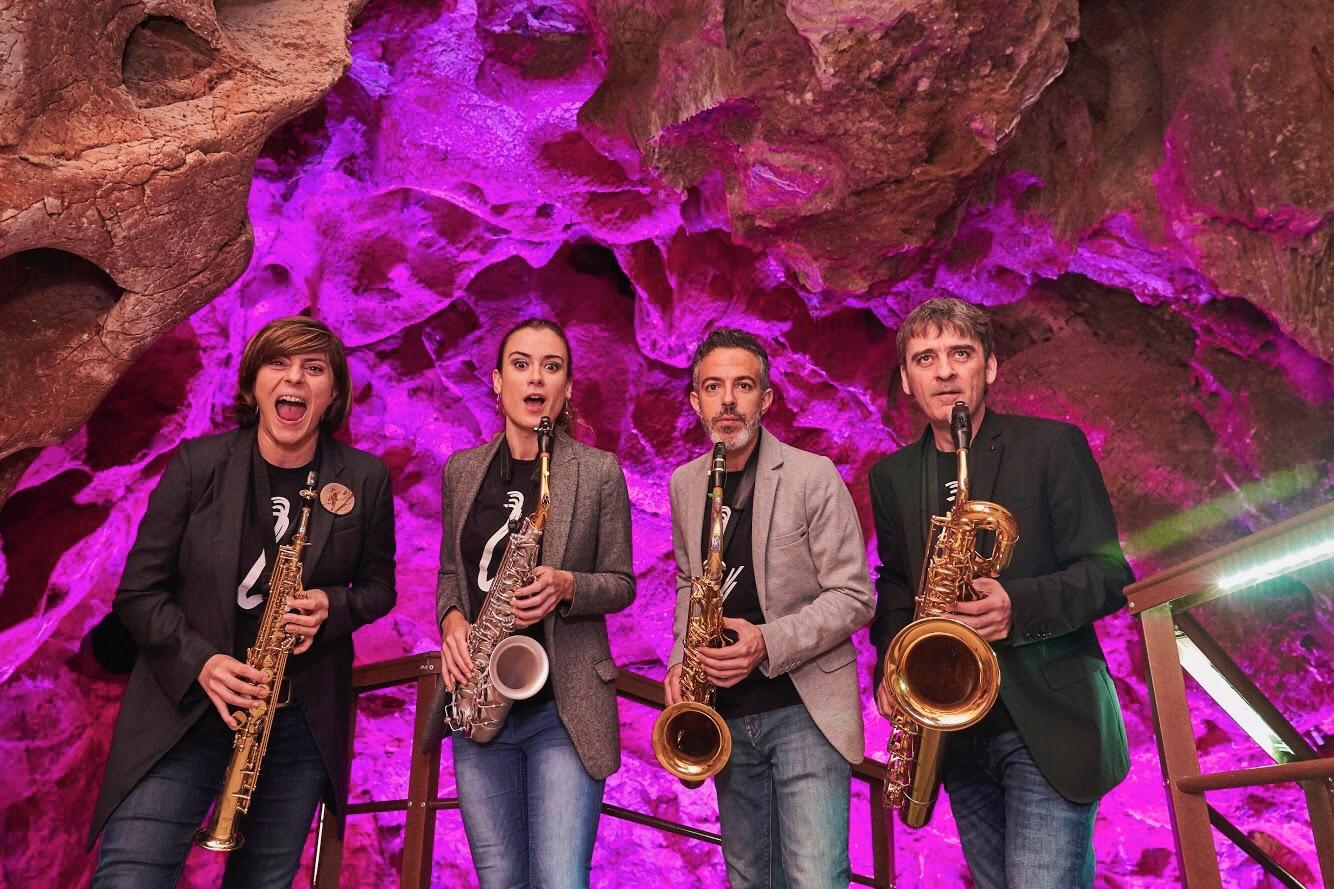 Sinoidal Ensemble