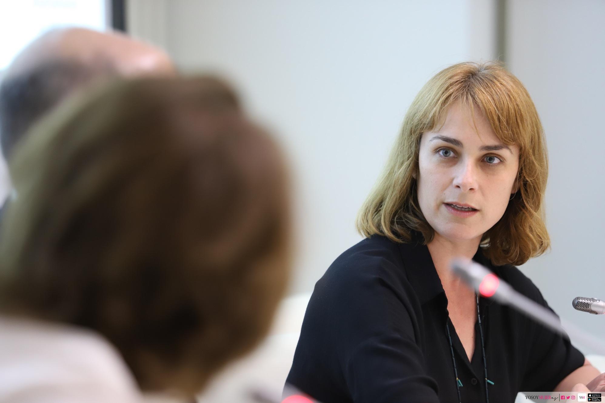 La mirada femenina en el periodismo cultural